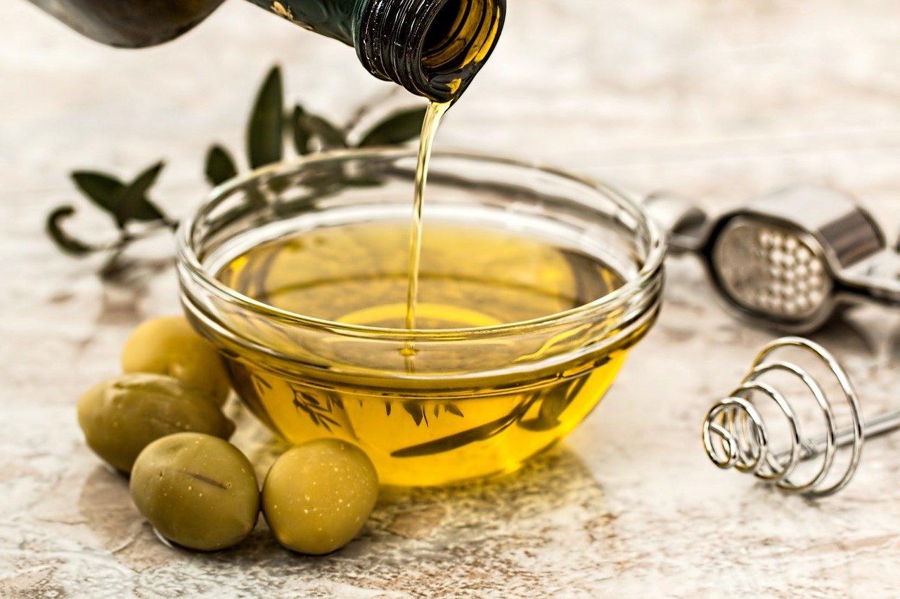 Essig, Öl, Oliven